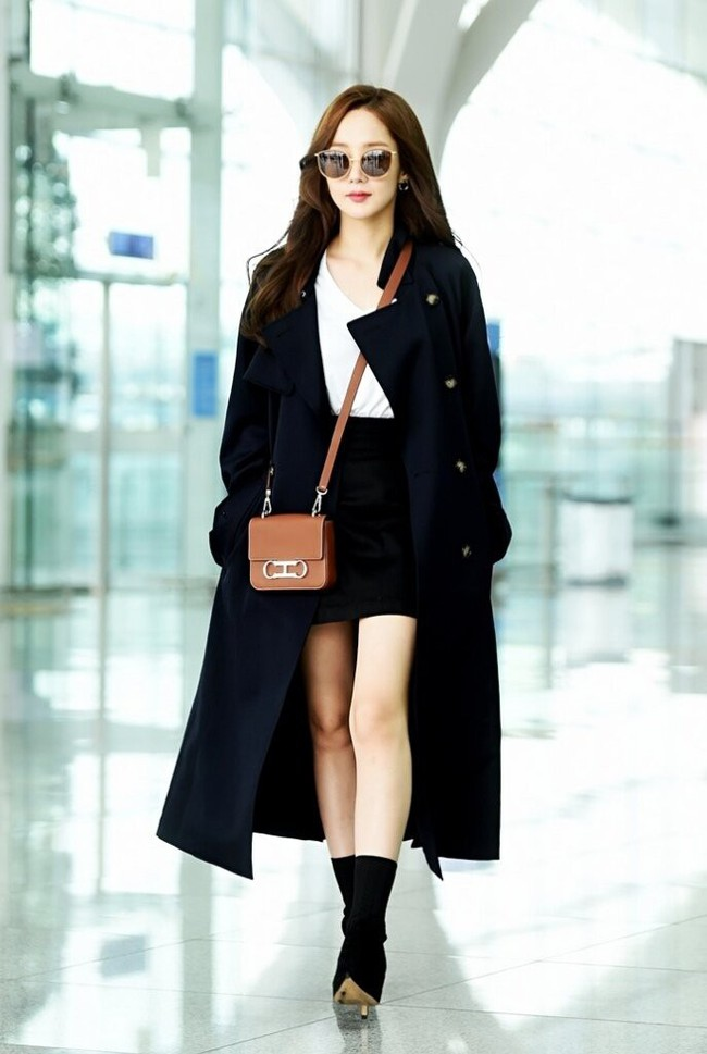 street style trench coat - Ảnh 10.