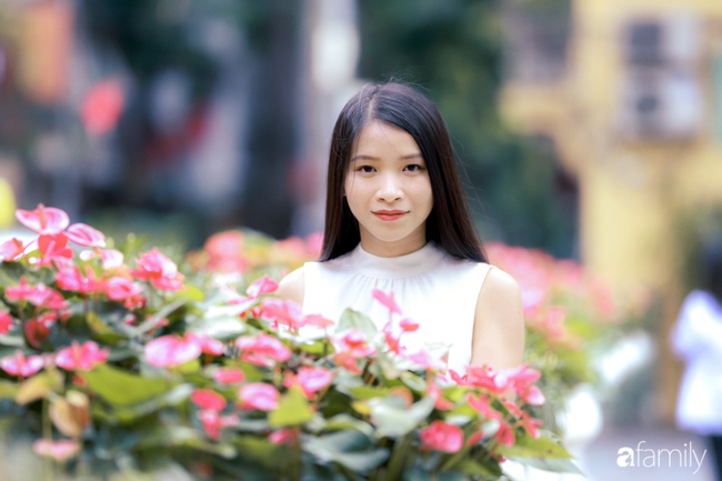 Emily Ngân Lương: Từ cô gái không được học mẫu giáo đến vị trí công dân toàn cầu được nhiều người kiêng nể - Ảnh 1.
