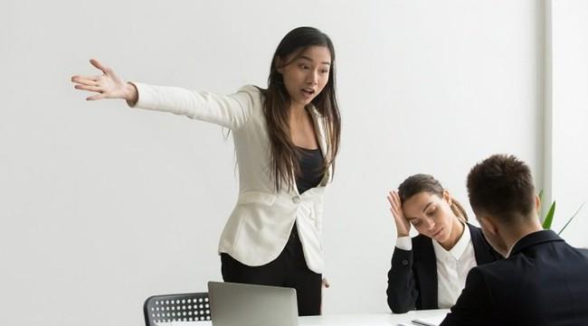 6 điều dù không ai nói ra nhưng chị em công sở vẫn phải nắm vững để trở nên tinh tế nơi làm việc - Ảnh 4.