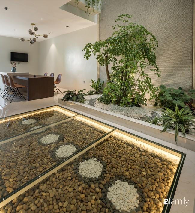 Ngôi nhà 100m2 thiết kế theo phong cách tối giản nhưng không lược bớt sự tiện nghi, sang trọng ở Quảng Ninh - Ảnh 8.
