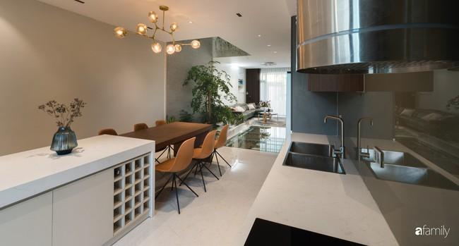 Ngôi nhà 100m2 thiết kế theo phong cách tối giản nhưng không lược bớt sự tiện nghi, sang trọng ở Quảng Ninh - Ảnh 11.