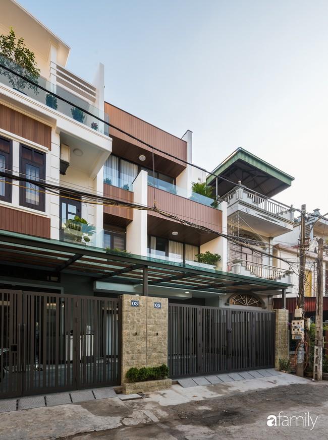 Ngôi nhà 100m2 thiết kế theo phong cách tối giản nhưng không lược bớt sự tiện nghi, sang trọng ở Quảng Ninh - Ảnh 2.