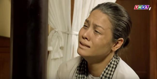 """""""Tiếng sét trong mưa"""": Thị Bình gào khóc, quỳ gối van xin khi Khải Duy oán trách chuyện sinh con cho chồng mới - Ảnh 2."""