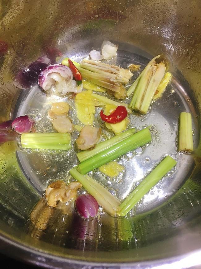 Món ngon cuối tuần: Lẩu gà nấm - Ảnh 3.