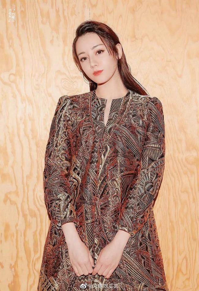 So sánh nhan sắc của các mỹ nhân Hoa ngữ 9x tại tuần lễ thời trang Paris - Ảnh 3.
