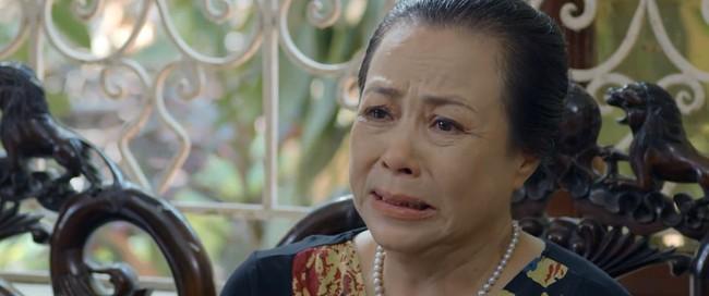 """""""Hoa hồng trên ngực trái"""" tập 19: San là người gián tiếp hại bố chồng chết thảm khiến bà Kim coi con dâu như kẻ thù? - Ảnh 2."""
