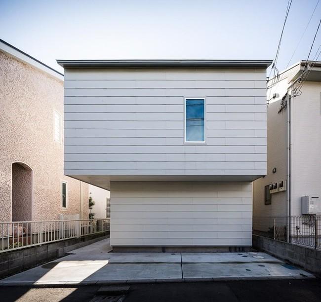 Ngôi nhà độc đáo gắn liền với thiên nhiên dù vị trí nằm ngay trong phố lớn ở Nhật Bản - Ảnh 2.