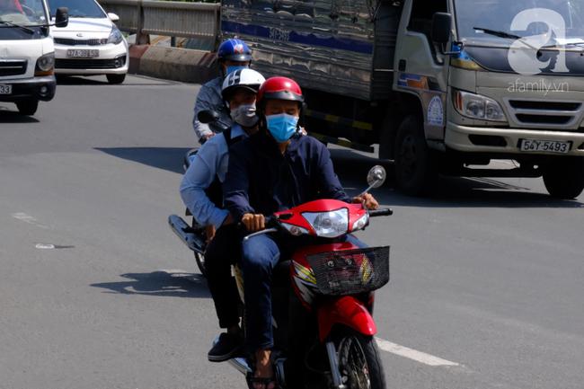 Nhiều người đeo khẩu trang y tế chống ô nhiễm không khí: Bác sĩ tiết lộ sự thật khiến chị em giật mình - Ảnh 3.