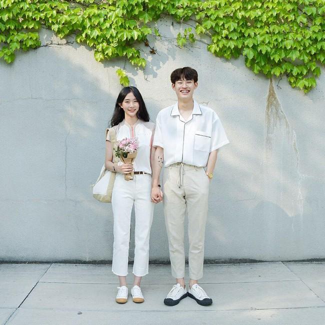 """Chỉ vì tóc mái không bết của một cô nàng Hàn Quốc, cô gái trẻ đã phát hiện bạn trai """"cắm sừng"""" nhờ vài tấm ảnh trên facebook - Ảnh 4."""