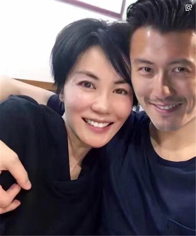 Con trai cả của Tạ Đình Phong công khai nói bố không xứng với Trương Bá Chi - Ảnh 3.