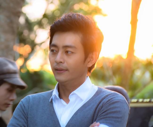 """Vẻ đẹp trai như tài tử của nam diễn viên có cảnh nóng """"loạn luân"""" trong """"Tiếng sét trong mưa"""" - Ảnh 3."""