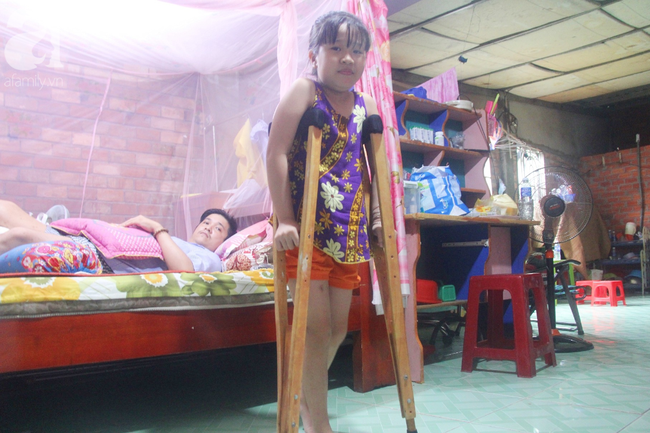 Con gái 7 tuổi bị gãy chân, chồng nằm liệt giường, người vợ bệnh tật khẩu cầu sự giúp đỡ sau vụ tai nạn kinh hoàng - Ảnh 14.