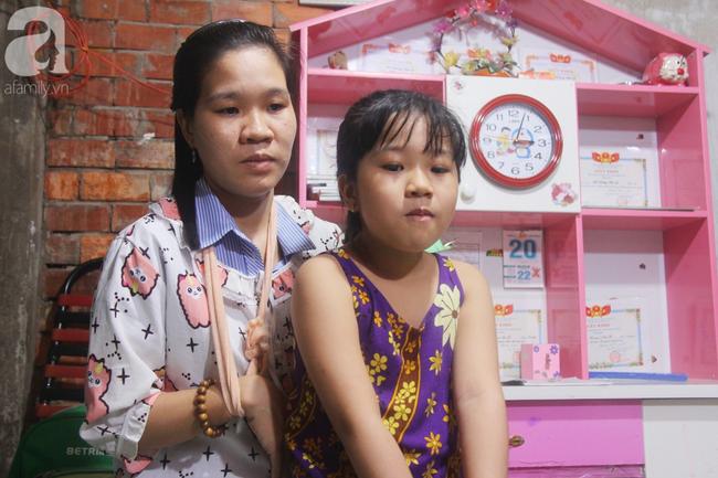 Con gái 7 tuổi bị gãy chân, chồng nằm liệt giường, người vợ bệnh tật khẩu cầu sự giúp đỡ sau vụ tai nạn kinh hoàng - Ảnh 6.