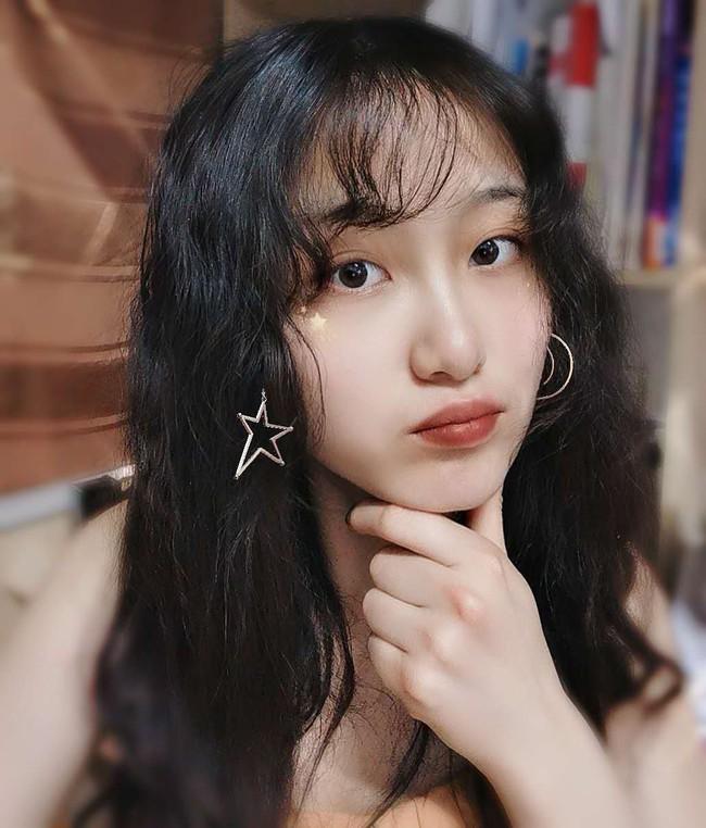 """Chỉ vì tóc mái không bết của một cô nàng Hàn Quốc, cô gái trẻ đã phát hiện bạn trai """"cắm sừng"""" nhờ vài tấm ảnh trên facebook - Ảnh 5."""