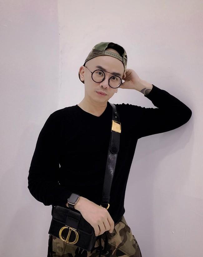 Chuyên gia trang điểm Minh Lộc: Cầm cọ từ năm 17 tuổi và  - Ảnh 2.