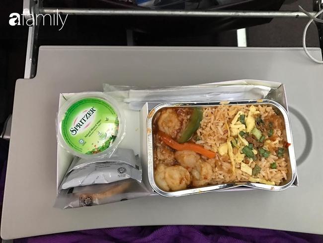 Bộ sưu tập bữa ăn trên máy bay của chàng trai 30 tuổi đi 34 quốc gia khiến ai cũng trầm trồ thích thú - Ảnh 17.