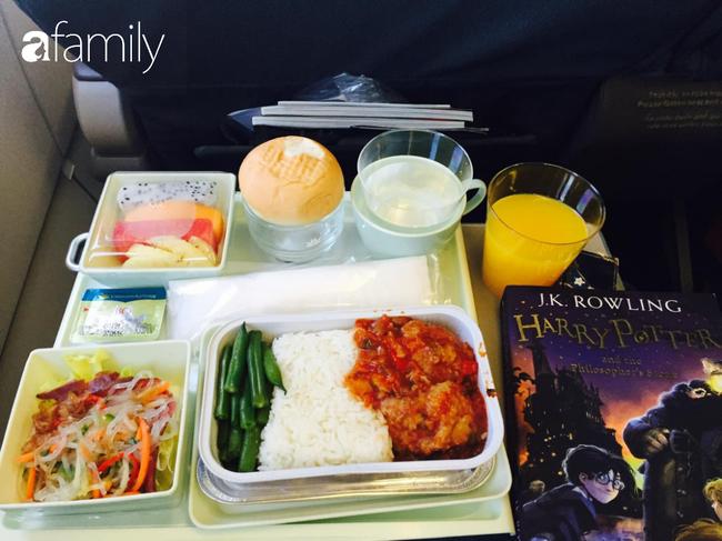 Bộ sưu tập bữa ăn trên máy bay của chàng trai 30 tuổi đi 34 quốc gia khiến ai cũng trầm trồ thích thú - Ảnh 18.