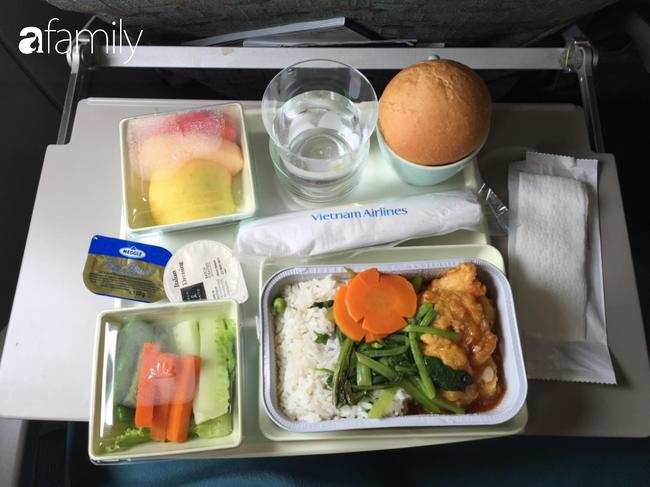Bộ sưu tập bữa ăn trên máy bay của chàng trai 30 tuổi đi 34 quốc gia khiến ai cũng trầm trồ thích thú - Ảnh 20.