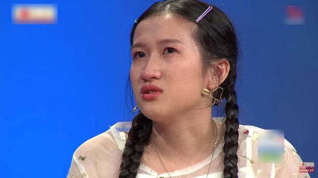 Trấn Thành bật khóc khi nghe Lâm Vỹ Dạ kể về quá khứ đầy cực khổ, từng tát con nhỏ vì không có tiền  - Ảnh 4.