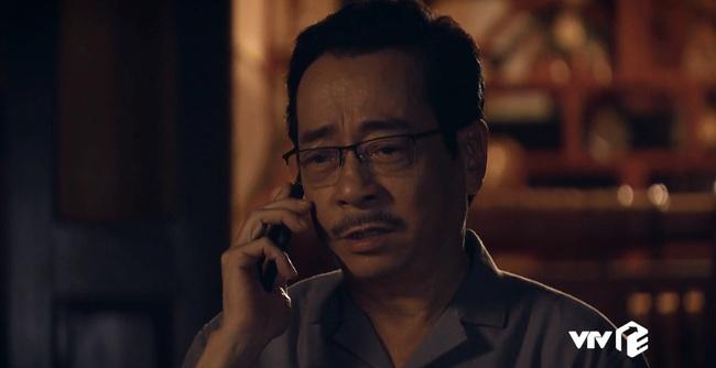 """""""Sinh tử"""" tập 6: Đang bận ôm ấp Trinh (Quỳnh Nga), Bạt bị bố gọi điện """"đòi ghế"""" vì quá hư hỏng - Ảnh 4."""