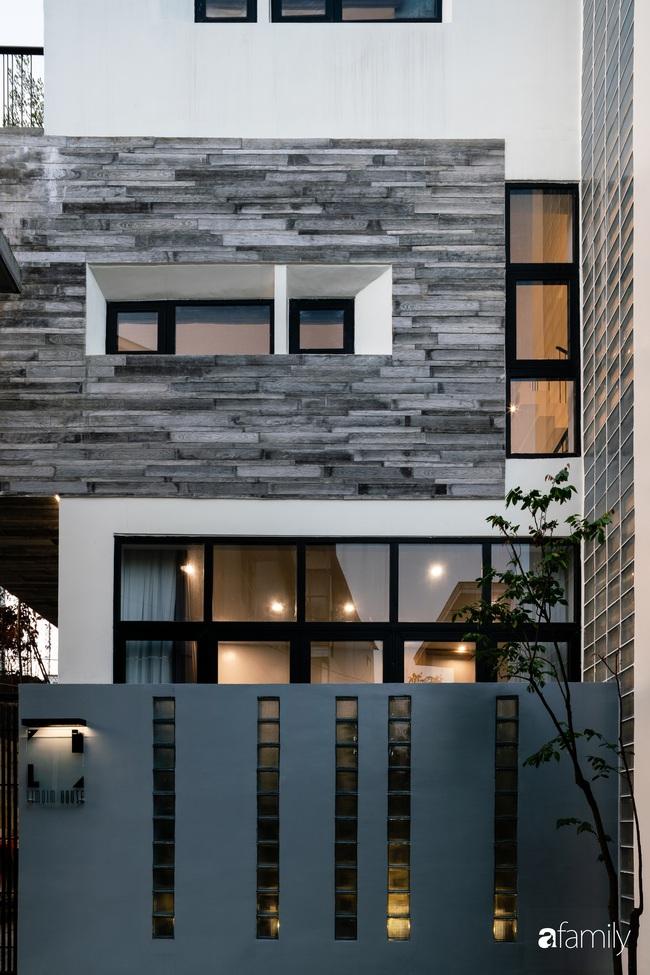 """Ngôi nhà phố vạn người mơ ước được xây trên mảnh đất hình """"trái xoài"""" ở Huế - Ảnh 4."""