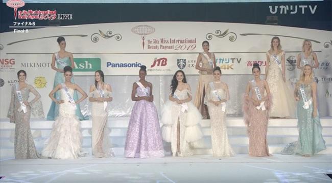"""Chuyện thú vị phía sau bộ váy trắng """"lấy may"""" mà Tường San đã mặc tại Chung kết Miss International 2019 - Ảnh 3."""