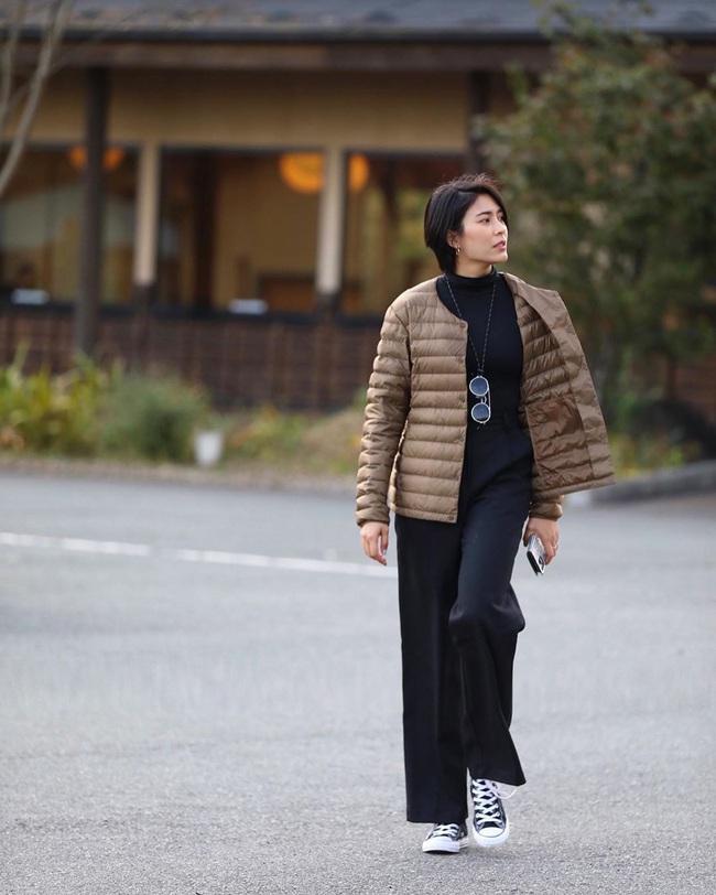 """Chiêm ngưỡng những set đồ Đông chất lừ của bà xã """"dượng Chat"""", chị em sẽ mong trời lạnh thật nhanh để mặc mốt như cô ấy - Ảnh 4."""