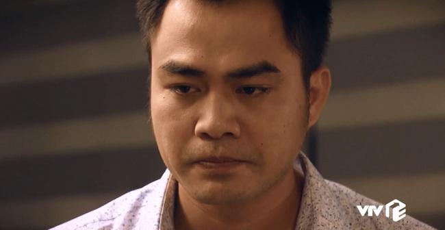 """""""Sinh tử"""" tập 8: Vũ (Việt Anh) liếc Trọng Hoàng vì lải nhải còn hơn """"đàn bà"""", ánh mắt như dao cau khoét vào mỏm đá - Ảnh 2."""