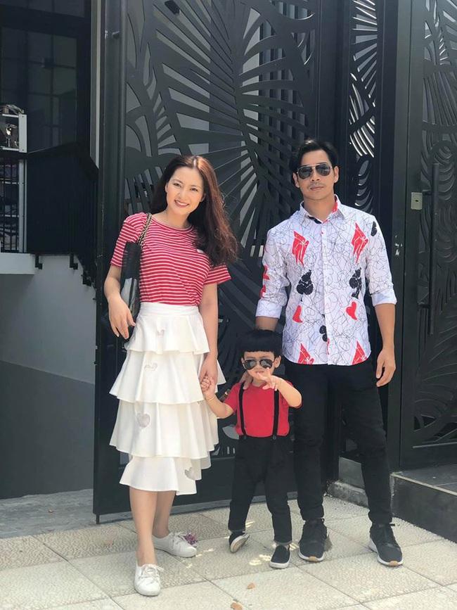 """Giữa """"tâm bão"""" Thanh Bình - Ngọc Lan ly hôn, loạt ảnh ngọt ngào của cặp đôi khiến dân tình tiếc nuối  - Ảnh 8."""