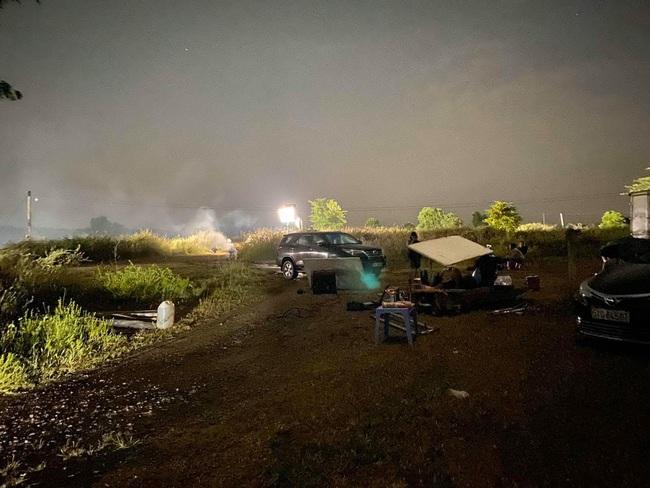 """""""Vua bánh mì"""": Nhật Kim Anh sốt cao vẫn quay phim đến nửa đêm, khổ cực như lúc đóng """"Tiếng sét trong mưa"""" - Ảnh 6."""