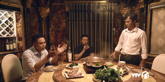 """""""Sinh tử"""" tập 8: Vũ (Việt Anh) liếc Trọng Hoàng vì lải nhải còn hơn """"đàn bà"""", ánh mắt như dao cau khoét vào mỏm đá - Ảnh 7."""
