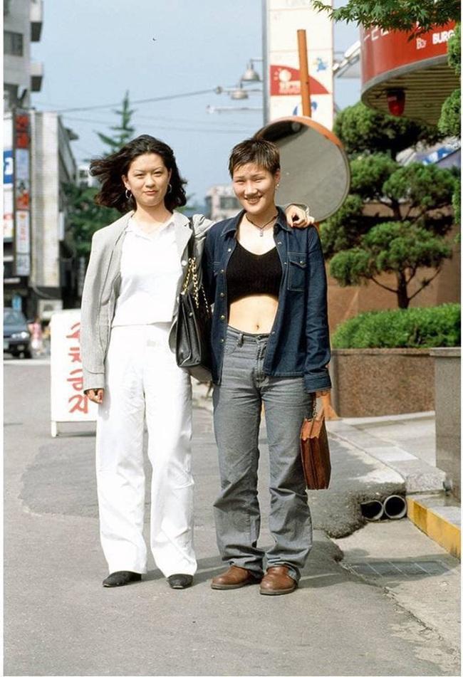 Nam thanh nữ tú xứ Hàn những năm 90: Lên đồ chặt chém, bắt trend nhạy chẳng kém idol Kpop - Ảnh 8.