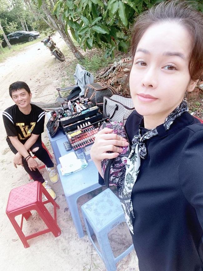 Vua bánh mì: Nhật Kim Anh bơ phờ, mệt mỏi trên trường quay giữa ồn ào tố chồng cũ không cho gặp con