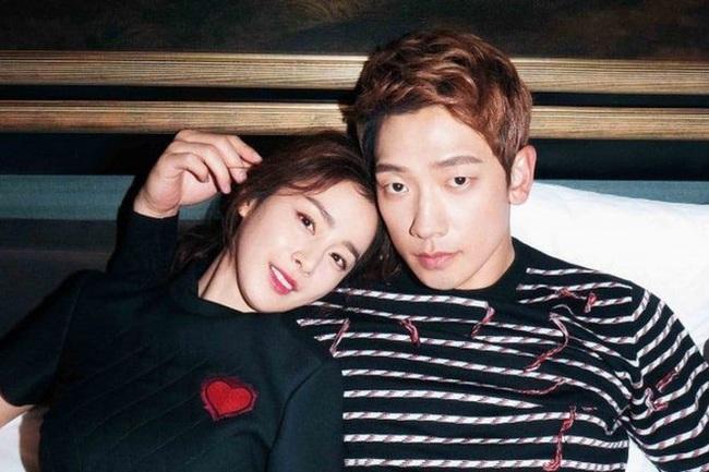 """Trở lại sau thời gian """"ở ẩn"""", Kim Tae Hee vô tình tiết lộ tình trạng hôn nhân hiện tại với Bi Rain - Ảnh 3."""