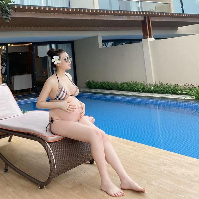 """Bầu vượt mặt sắp đẻ nhưng cô dâu """"đeo 200 cây vàng"""" ở Nam Định vẫn đẹp mơn mởn hút mắt người nhìn - Ảnh 2."""