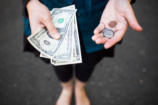 Trên đời có 3 loại tiền nhất định phải tiêu để giàu thêm giàu, nghèo mau thoát khổ! - Ảnh 1.