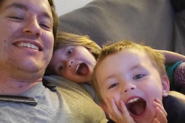 Vừa đánh răng, vừa nhảy ở trên giường, bé gái 5 tuổi đã bị ngã và bị đâm thủng cổ họng dù cha mẹ đứng ngay bên cạnh - Ảnh 5.