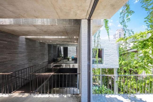 Ngôi nhà đầy gió tự nhiên, cây xanh và ánh sáng thân thiện với môi trường dành cho gia đình 5 người ở Đà Nẵng - Ảnh 18.