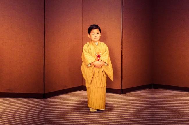 Mới 3 tuổi, tiểu Hoàng tử Bhutan đã thể hiện khí chất ngời ngời của một đấng quân vương trong bức hình mới nhất gây sốt dư luận - Ảnh 1.