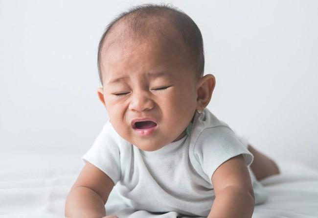 Bác sĩ giải đáp: Có nên lo lắng khi em bé mới sinh hắt hơi liên tục hay không?  - Ảnh 3.