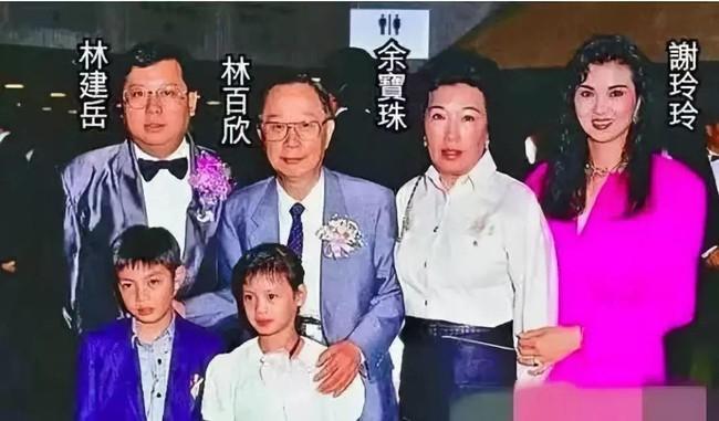 Tạ Linh Linh: Là người phụ nữ khiến Lâm Thanh Hà ghen tị nhất, ly hôn với chồng tỷ phú vì Vương Tổ Hiền - Ảnh 5.