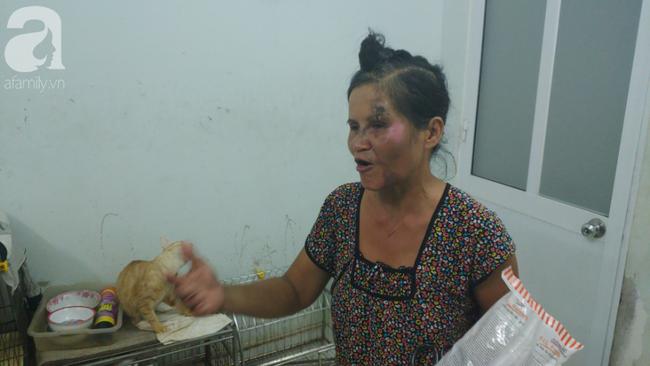 """""""Người mẹ"""" của 400 con mèo ở Sài Gòn bật khóc tức tưởi khi bị tông xe còn mang tiếng oan đi bắt trộm mèo - Ảnh 9."""