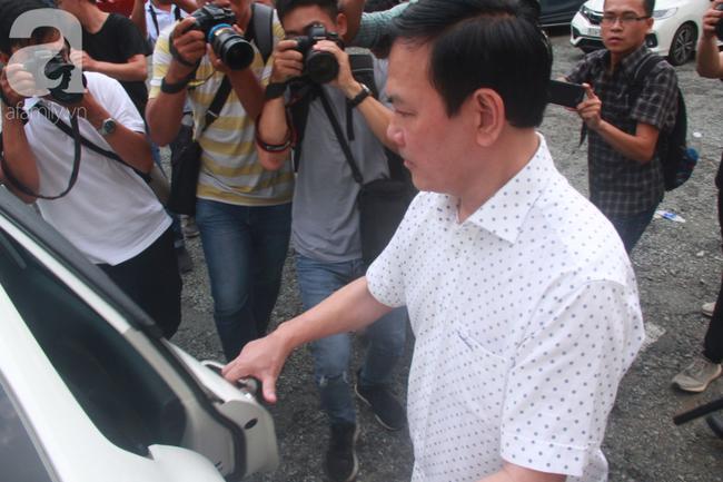 """Vụ """"nựng"""" bé gái 8 tuổi trong thang máy: Bác kháng cáo, tuyên phạt Nguyễn Hữu Linh 18 tháng tù giam - Ảnh 2."""