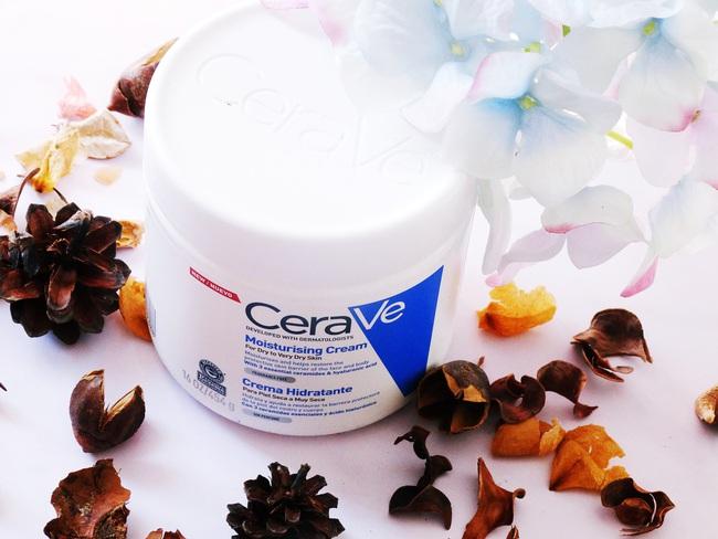 """5 sản phẩm giúp """"hô biến"""" làn da thô ráp, sần sùi thành mịn màng tươi trẻ mà bạn rất cần trong mùa lạnh này - Ảnh 7."""