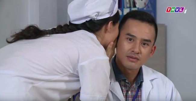 """""""Không lối thoát"""": Hết nữ đại gia giàu có, Minh - Lương Thế Thành lại ve vãn thân mật với y tá xinh đẹp  - Ảnh 2."""