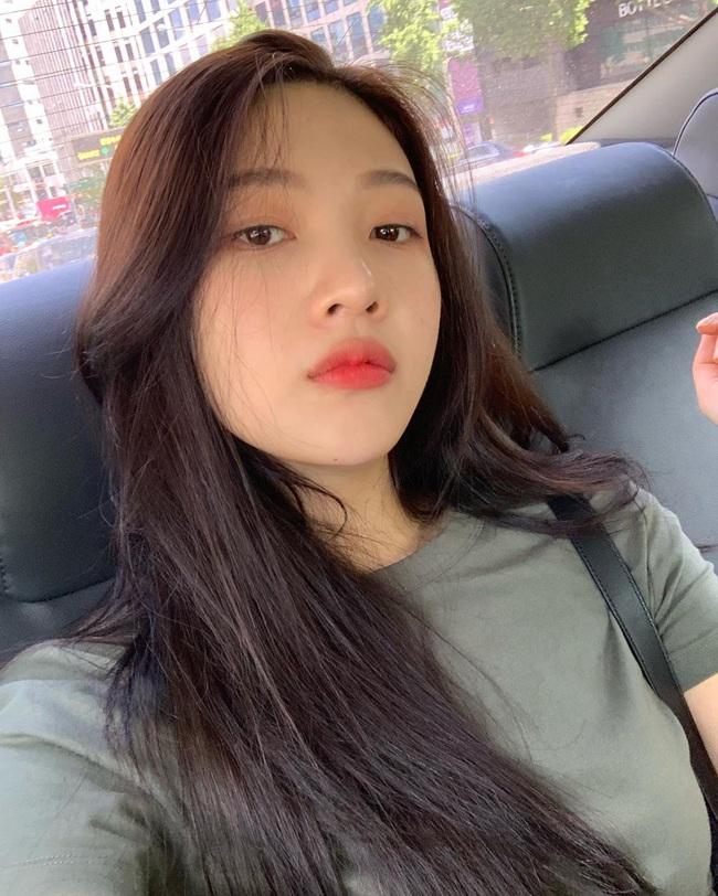 4 bí kíp skincare của Red Velvet: Chị cả Irene chăm da tối giản nhưng kiên trì, Joy đắp mặt nạ để da long lanh như pha lê - Ảnh 5.