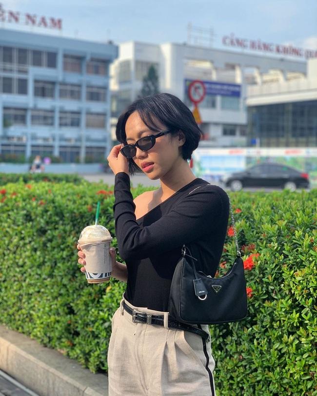 Không hẹn mà gặp, cặp chị em Phạm Quỳnh Anh - Diệu Nhi cùng diện áo lệch vai nhưng fan chỉ chăm chăm chú ý đến chiếc túi mà cô chị đang cầm trên tay - Ảnh 3.