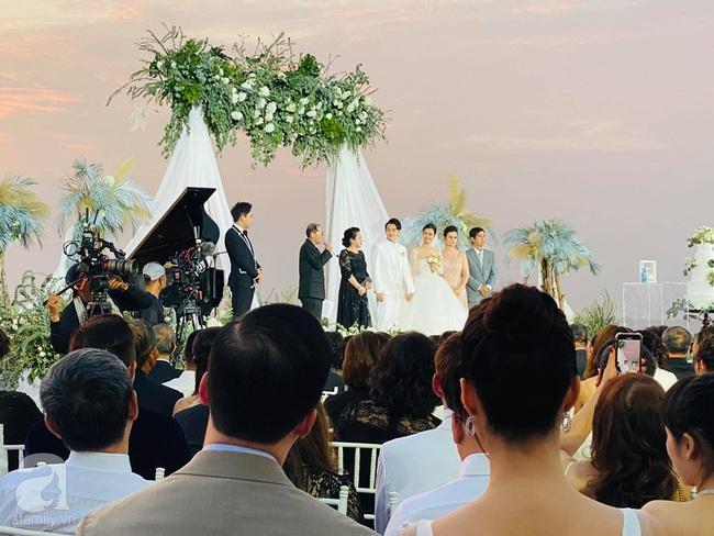 """Tin """"hot"""" từ đám cưới Đông Nhi - Ông Cao Thắng: Trấn Thành tiết lộ sốc, từng """"cua"""" Đông Nhi nhưng bất thành - Ảnh 2."""