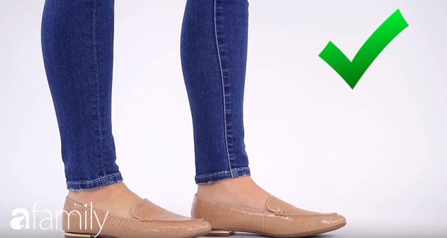 4 mẹo mặc quần jeans giúp bạn nhìn hút mắt hơn hẳn cô bạn đồng nghiệp  - Ảnh 5.
