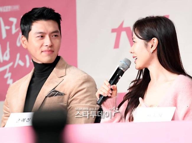 """Phim mới chuẩn bị lên sóng, Son Ye Jin và """"tình cũ"""" Song Hye Kyo dính """"phốt"""" của netizen Hàn vì phủ nhận hẹn hò - Ảnh 5."""